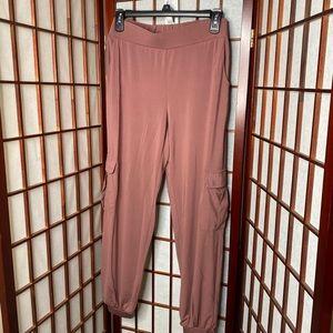 Lisa Rinna mauve jogger cargo pants